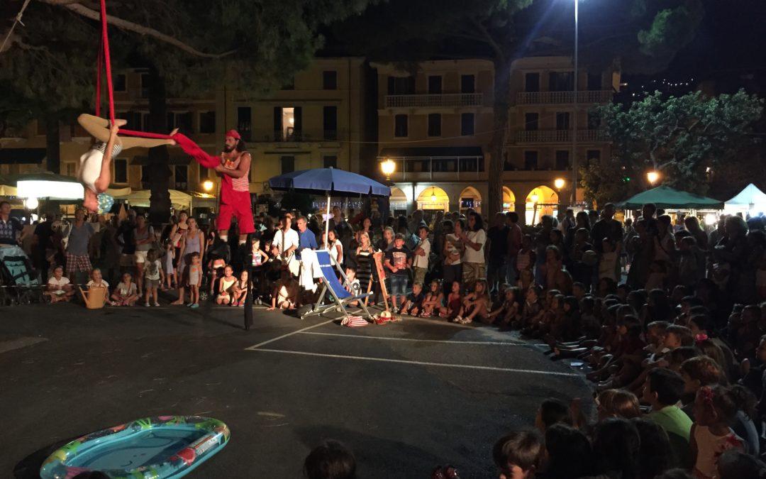 PerAriaePerTerra – A testa in giù | Progetto circo, La Spezia (SP)